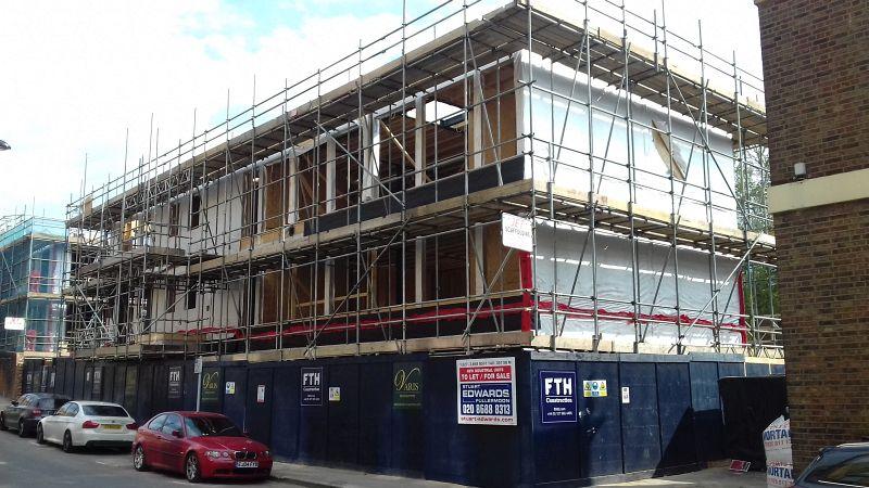 Property Photo: 6 , Station Approach Road, Coulsdon