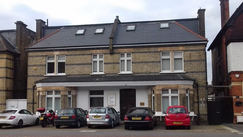 Property Photo: 102-104 Park Lane, Croydon