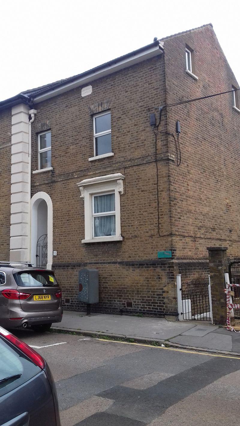 Property Photo: 11 Laud Street, Croydon