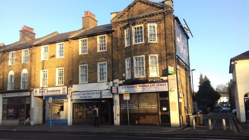 Property Photo: 25a , Brighton Road, South Croydon