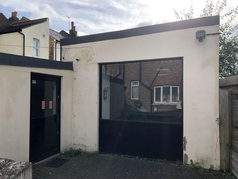 Property Photo: 155A Brighton Road, Coulsdon